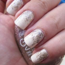 Easy gradient glitter nail art stylegawker easy gradient glitter nail art prinsesfo Image collections