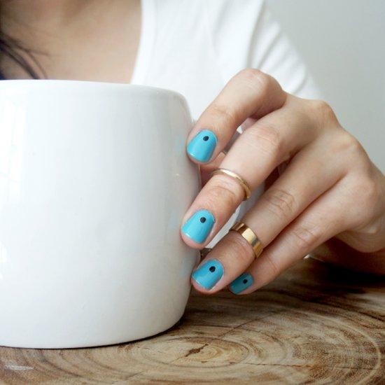 Dotted Minimal Nail Art Stylegawker