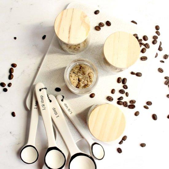 Skin Tightening Hazelnut Coffee Bod